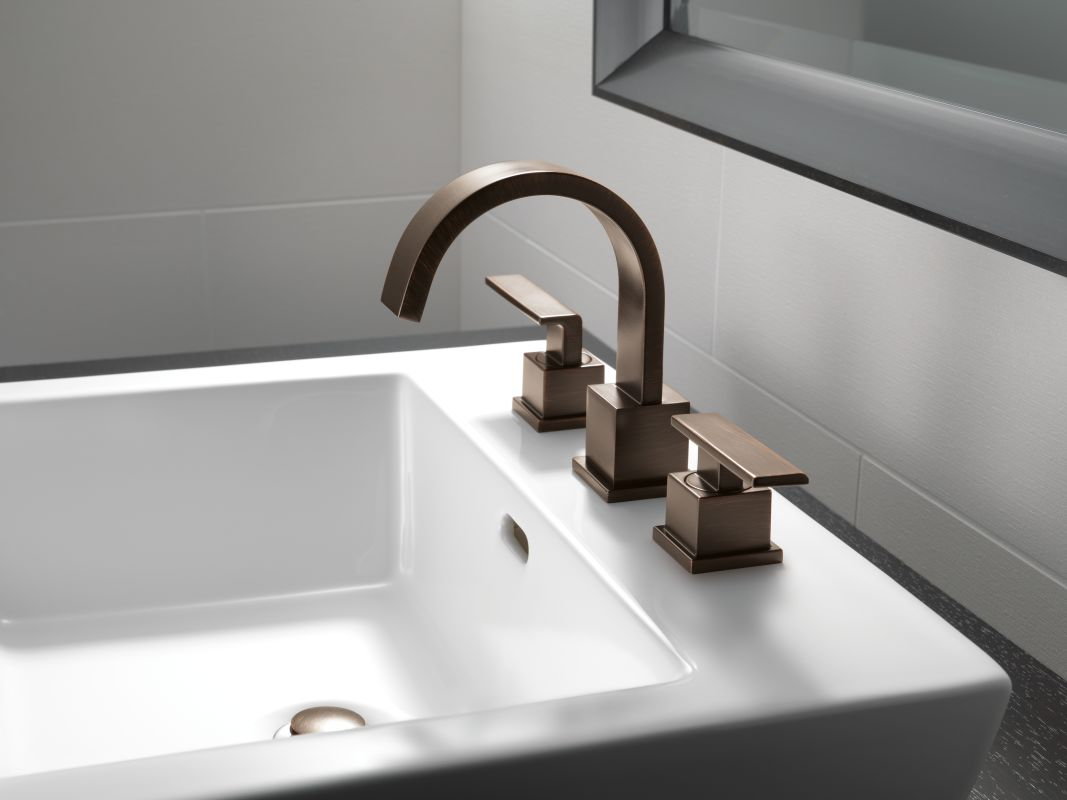 Faucet Com 3553lf Cz In Champagne Bronze By Delta