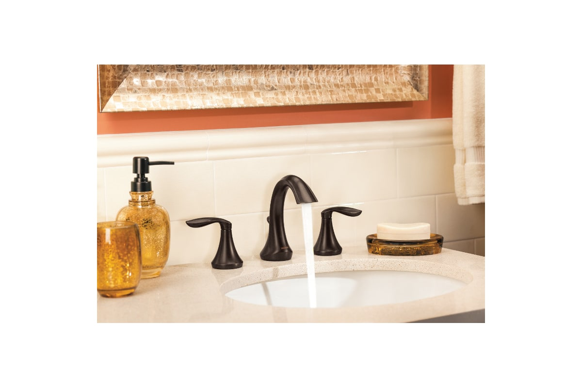 Oiled bronze bathroom accessories
