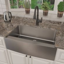 Apron Front And Farm Style Sinks