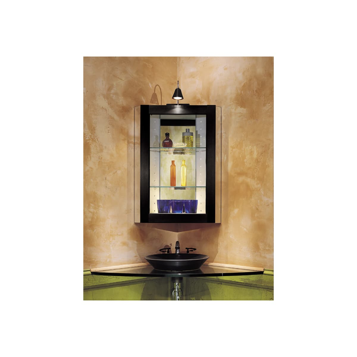 Robern Ft20c8wcn White 19 1 4 Corner Medicine Cabinet From The Ft Collection Faucetdirect Com