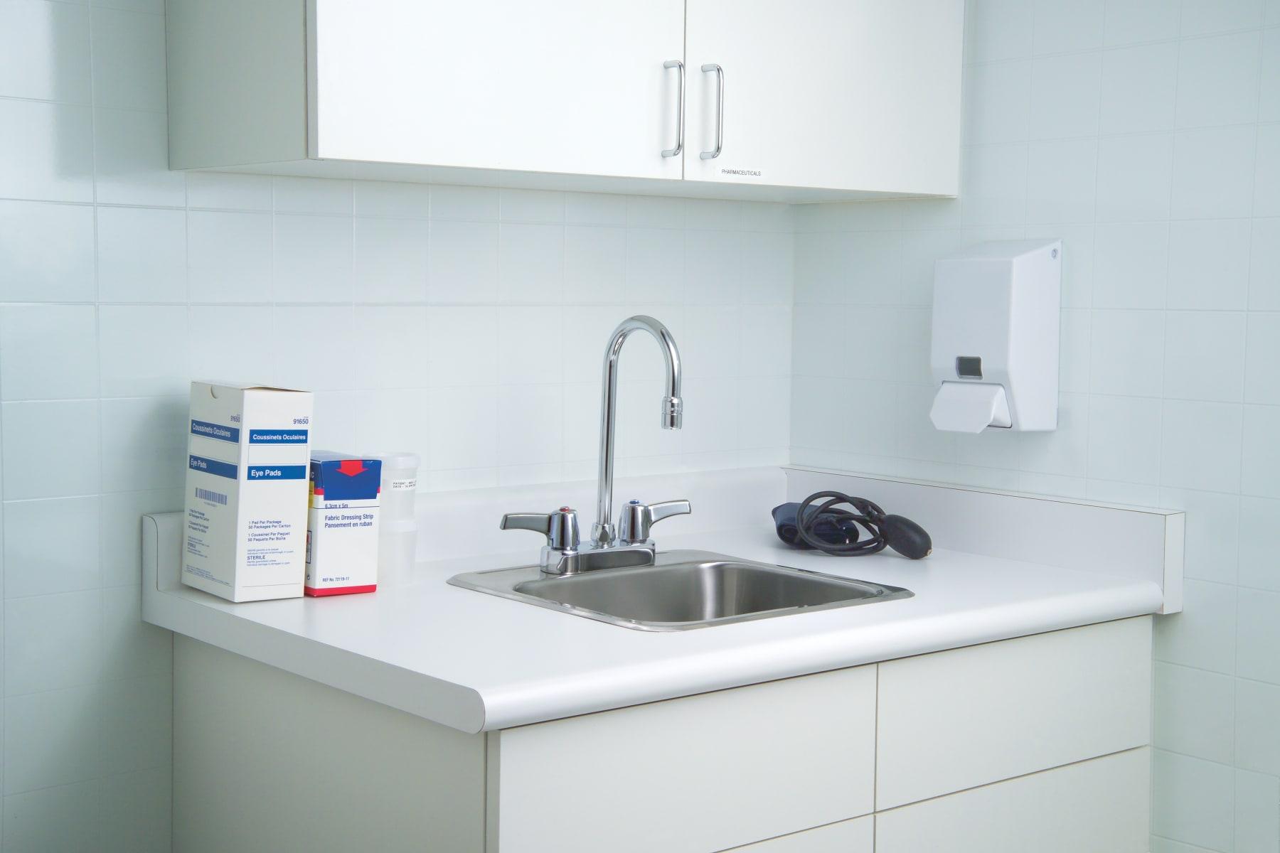Delta 27C4843 Chrome Double Handle 1.5GPM Ceramic Disc Bathroom ...