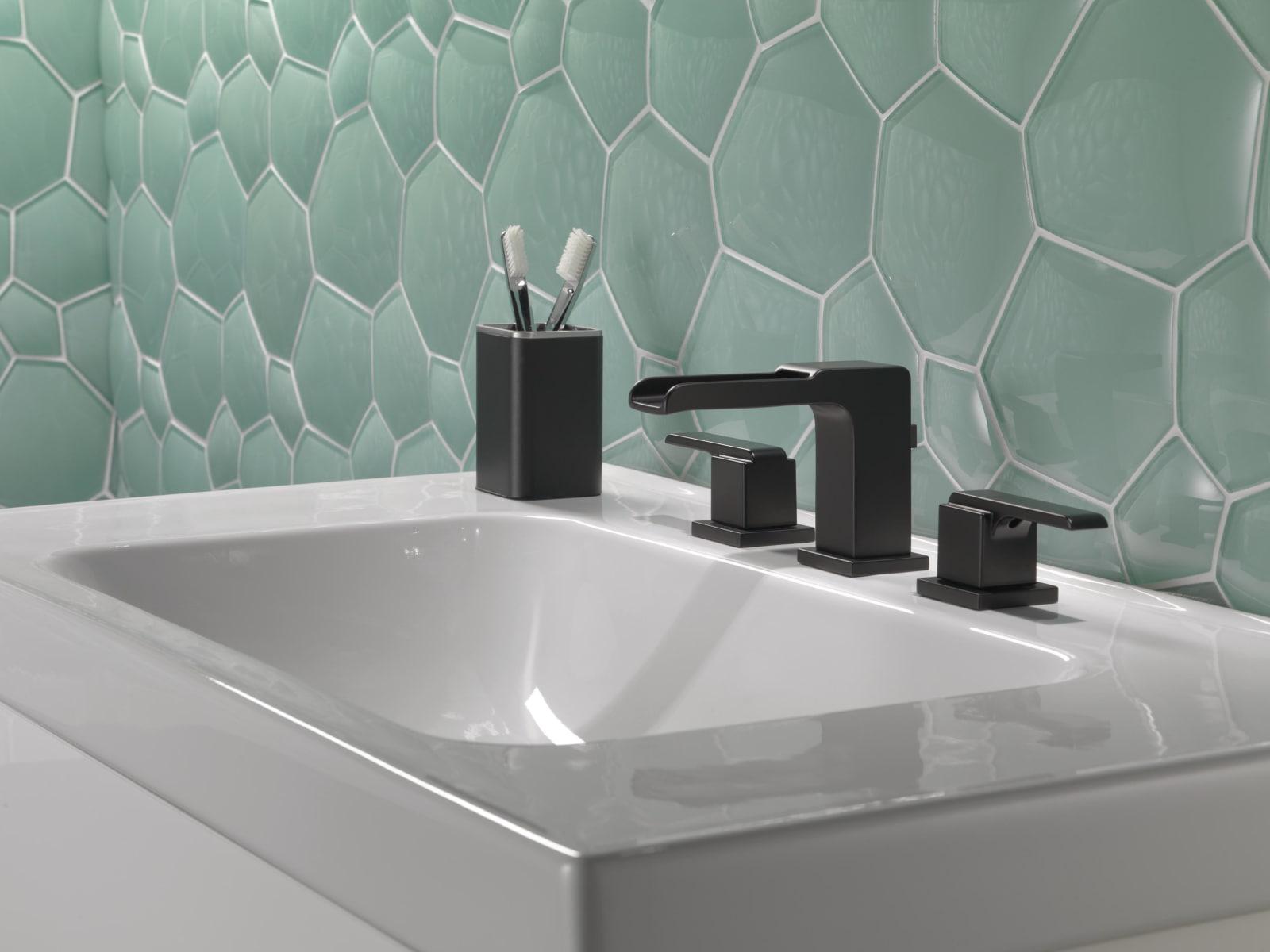 Delta 3568LF-MPU Chrome Ara 1.2 GPM Widespread Waterfall Bathroom ...