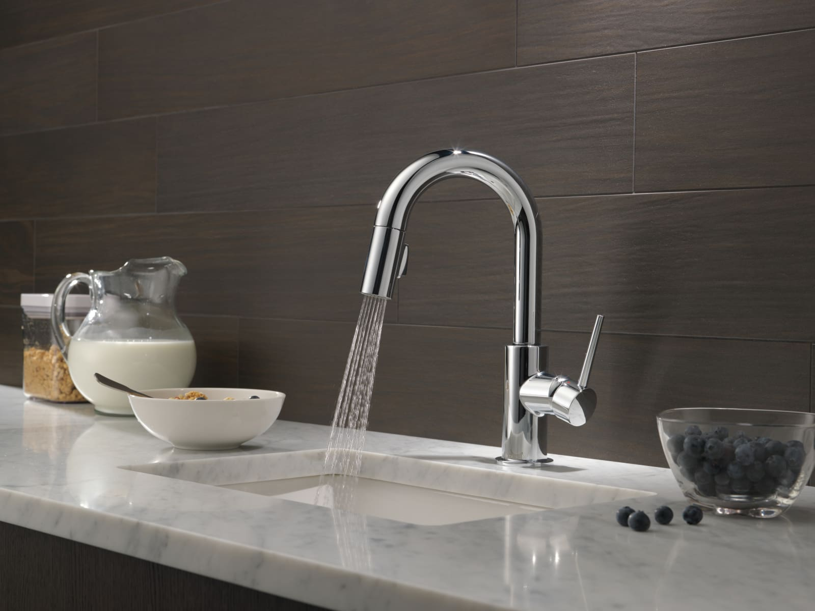 Delta 9959-AR-DST Arctic Stainless Trinsic Pull-Down Bar/Prep Faucet ...