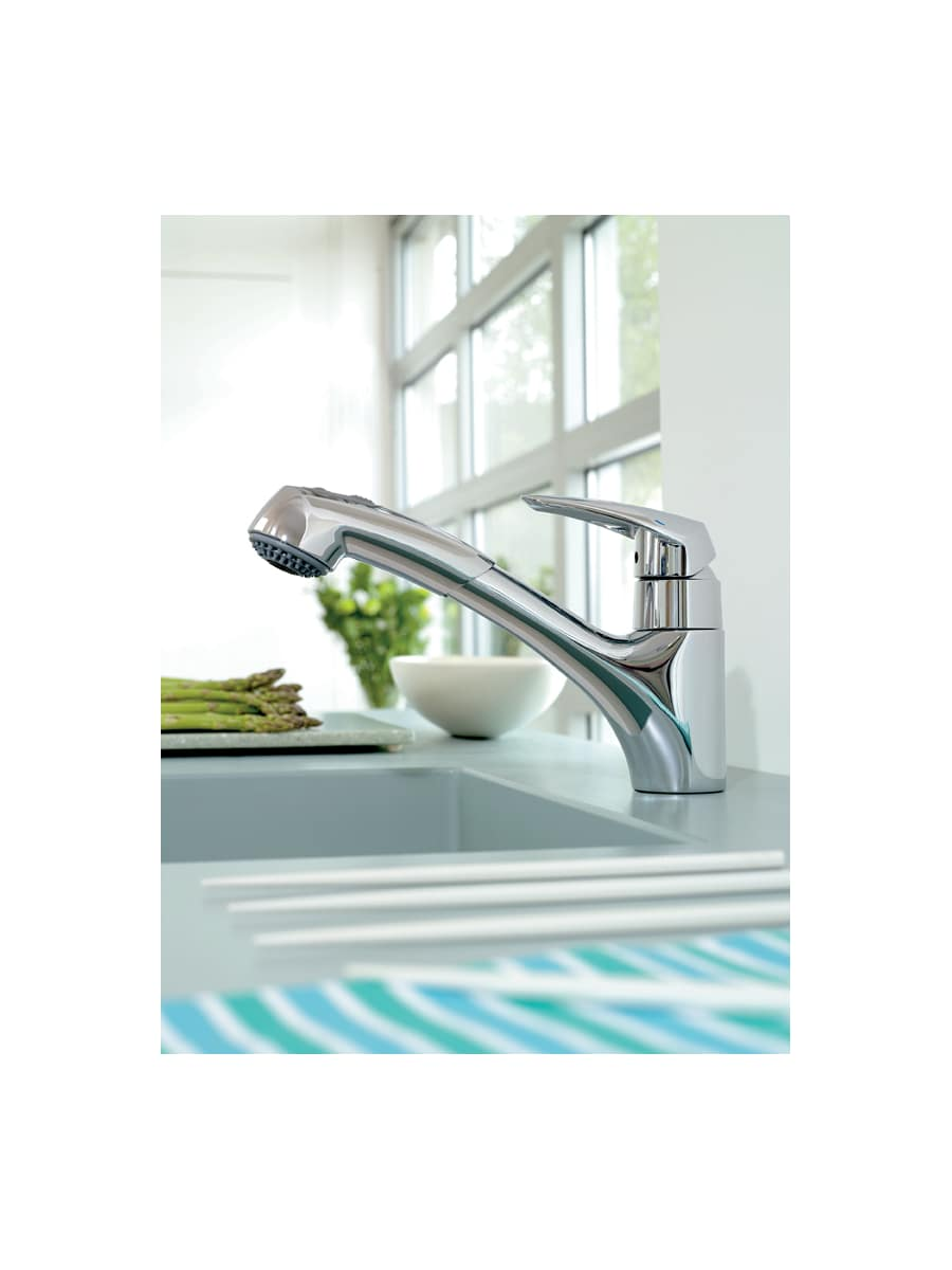 Grohe 33330001 Starlight Chrome Eurodisc Pull-Out Kitchen Faucet ...