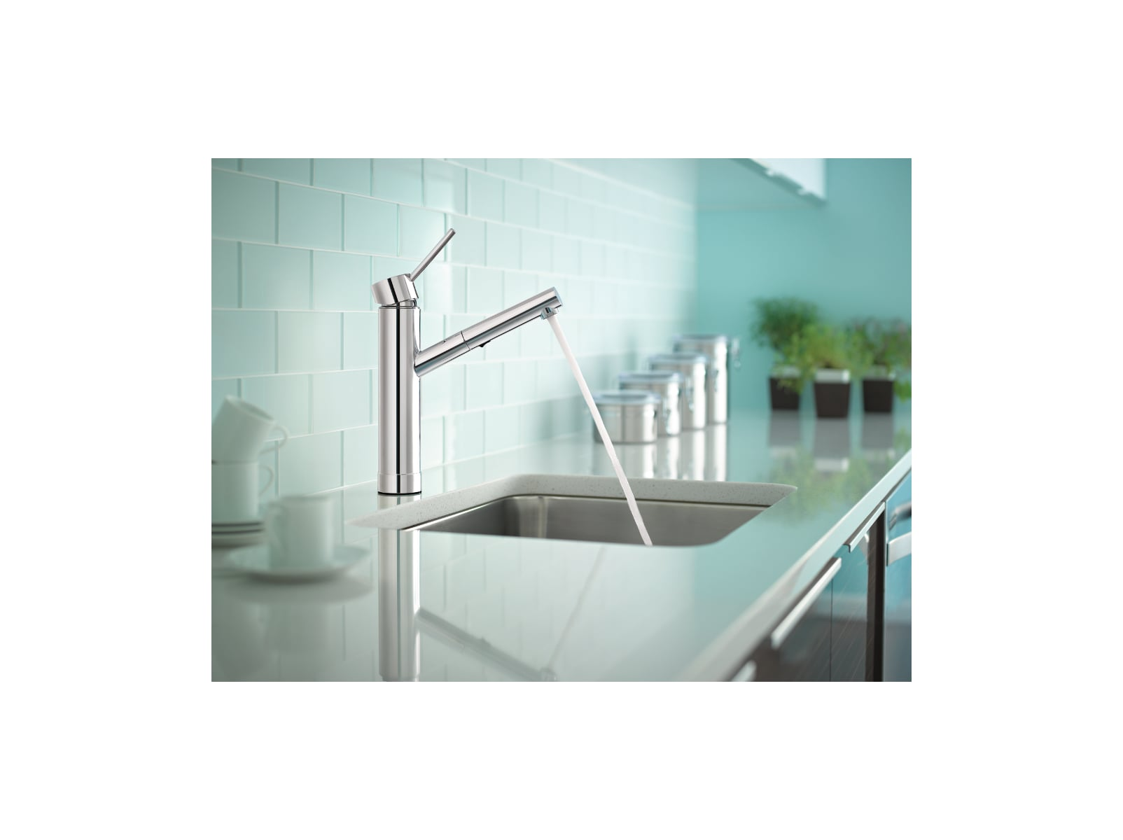 Moen 7626SRS Spot Resist Stainless Tilt Pull-Out Kitchen Faucet ...