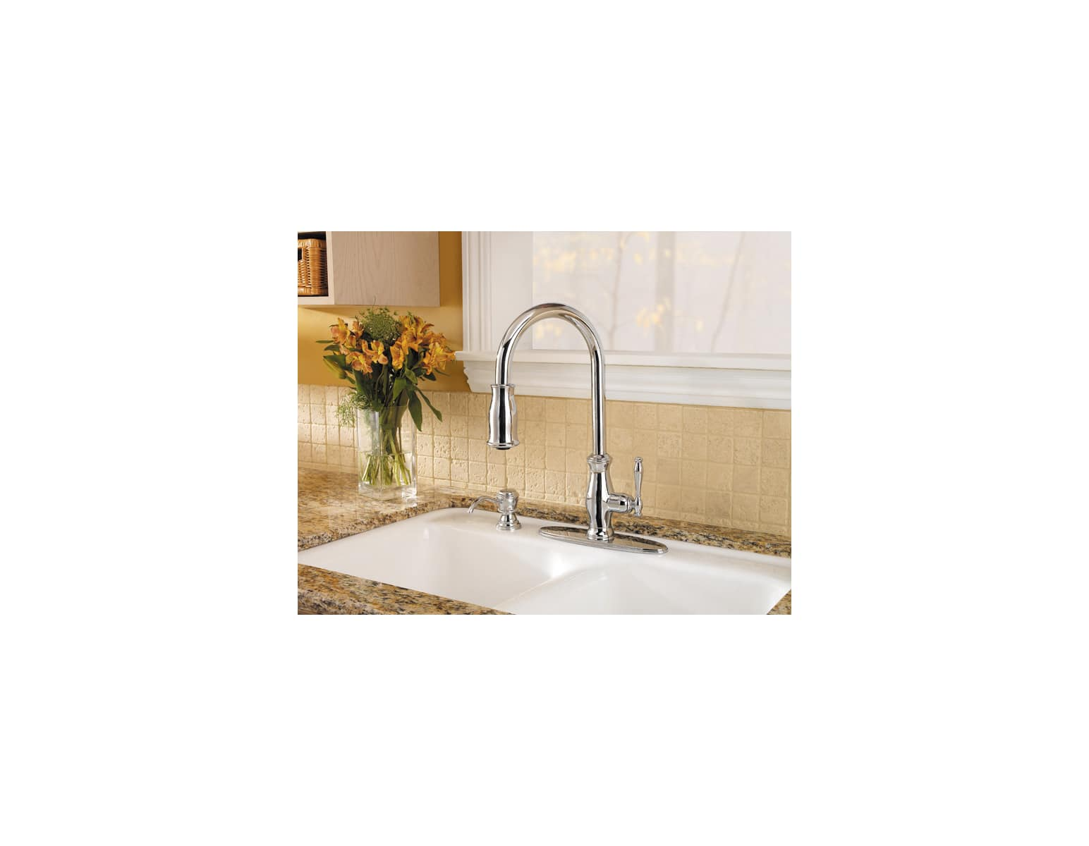 Pfister T529 Tmc Polished Chrome Hanover Pullout Spray