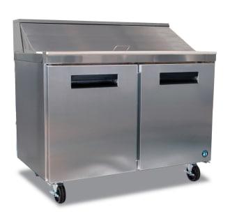 Sandwich Top Prep Table Refrigerator- 12 Pans