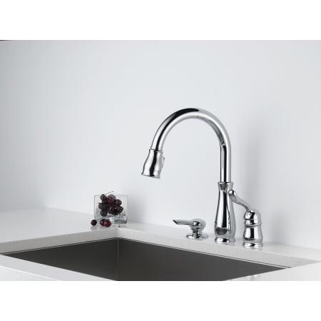 Delta 978 Sd Dst Chrome Leland Pull Down Kitchen Faucet