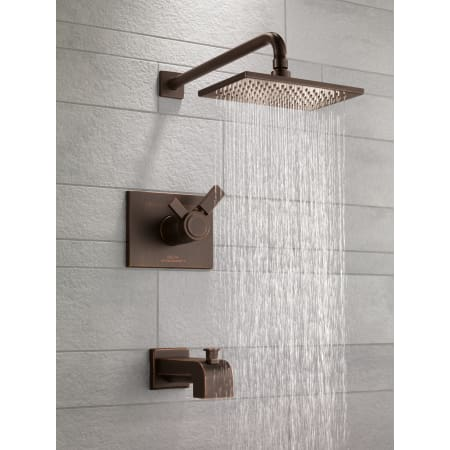 Delta T17t453 Chrome Vero Tempassure 17t Series Dual Function Thermostatic Tub And Shower Trim