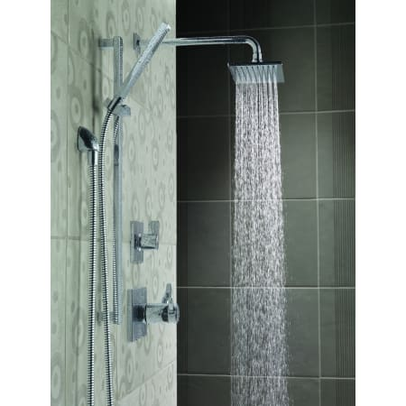 Delta Vero Monitor 17 Series Shower System Ch Chrome With Diverter Trim Shower Head Slide Bar