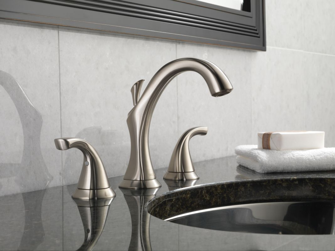 Delta 3592LF-PT Aged Pewter Addison Widespread Bathroom Faucet with ...