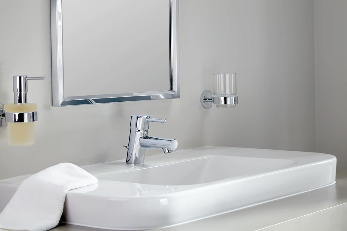 Grohe 3427000A Starlight Chrome Concetto 1.2 GPM Single Handle ...