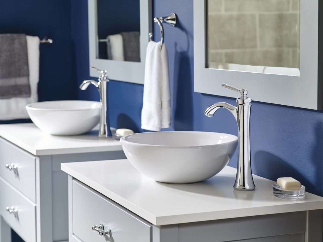 Moen 4507BN Brushed Nickel Wynford Single Hole Bathroom Faucet ...