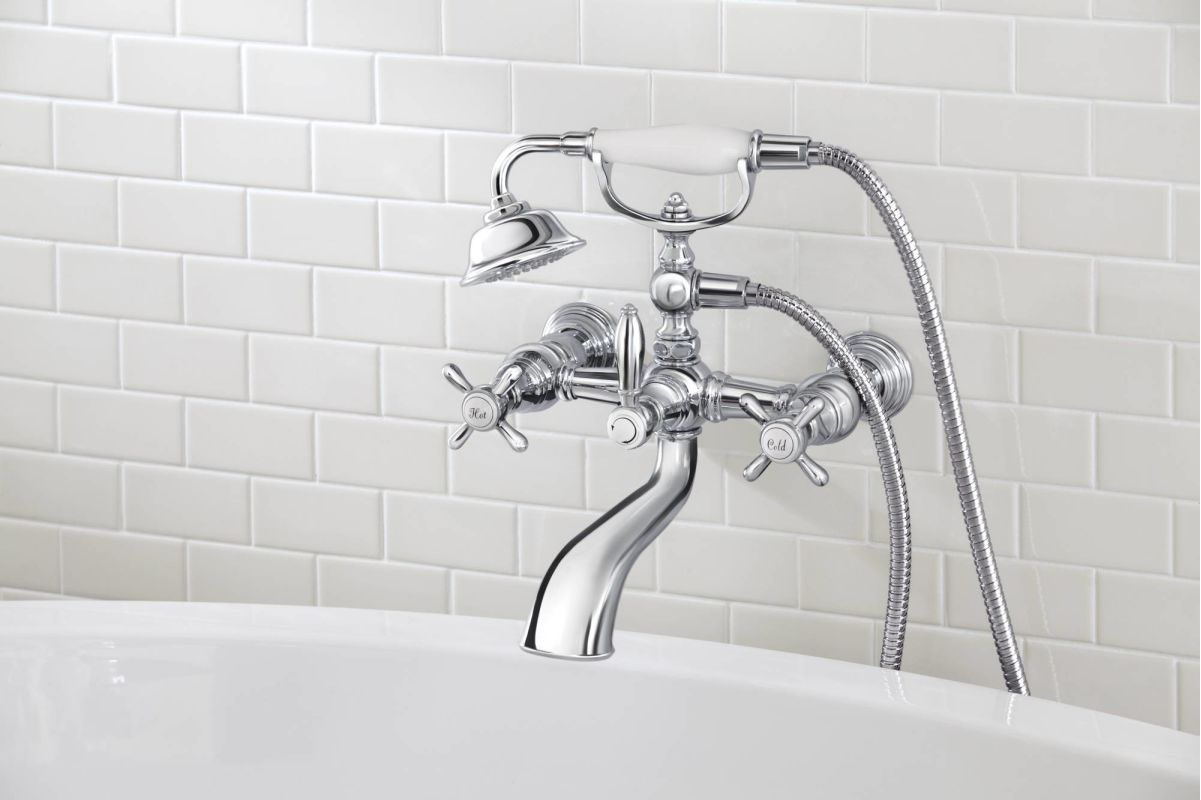Moen S22105 Chrome Floor Mounted Tub Filler with Personal Hand ...