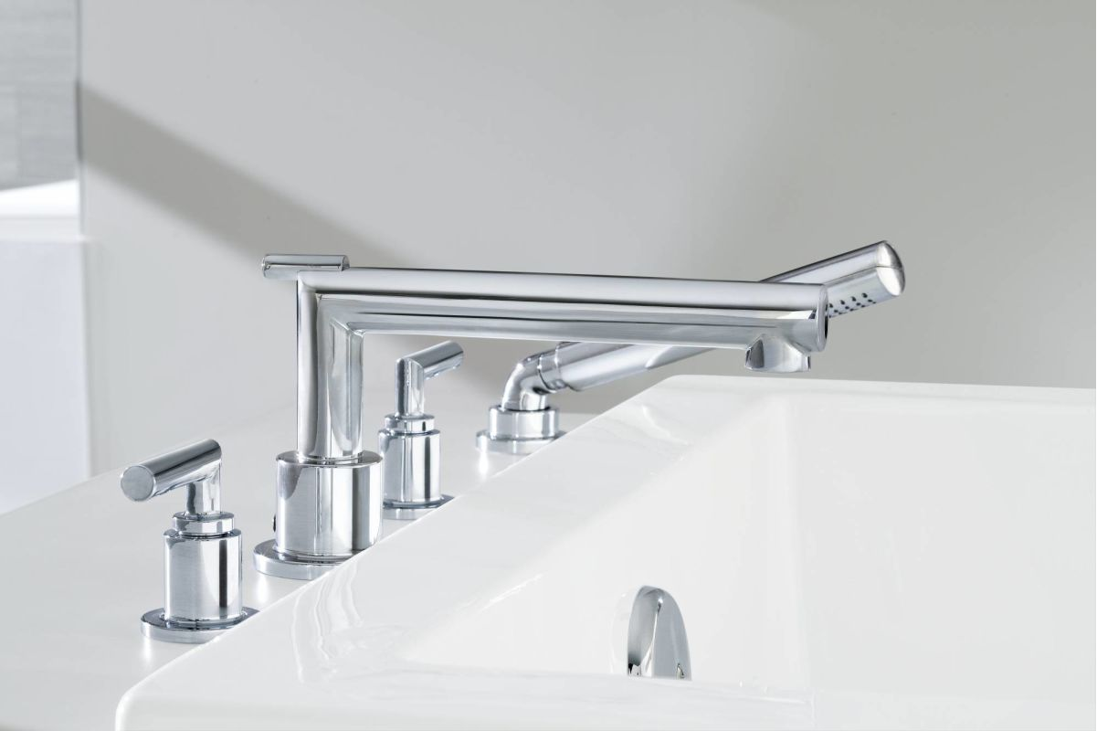 Moen TS93004BN Brushed Nickel Deck Mounted Roman Tub Faucet Trim ...
