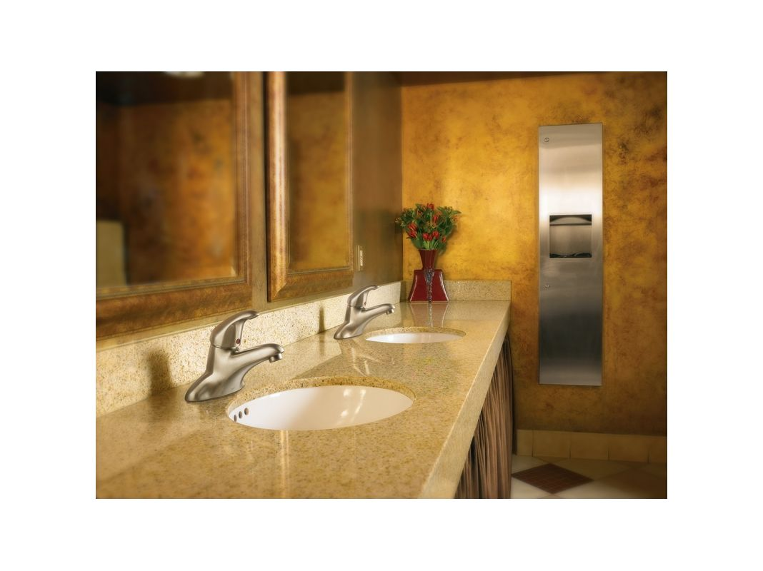 Moen Bathroom Lighting Moen 8414bn Brushed Nickel Single Handle Centerset Bathroom Faucet