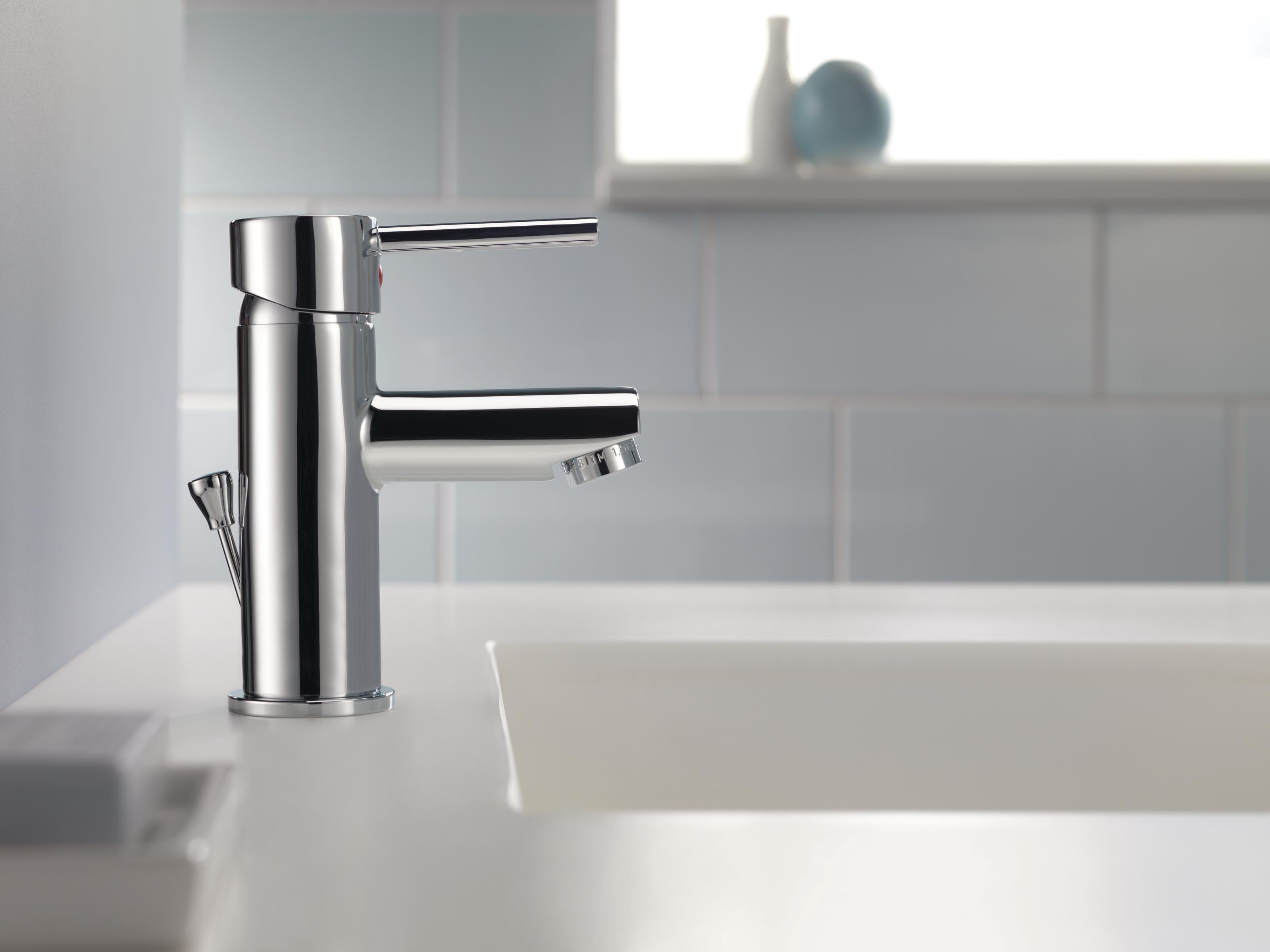 Delta 559LF-PP Chrome Trinsic Single Hole Bathroom Faucet with Pop ...