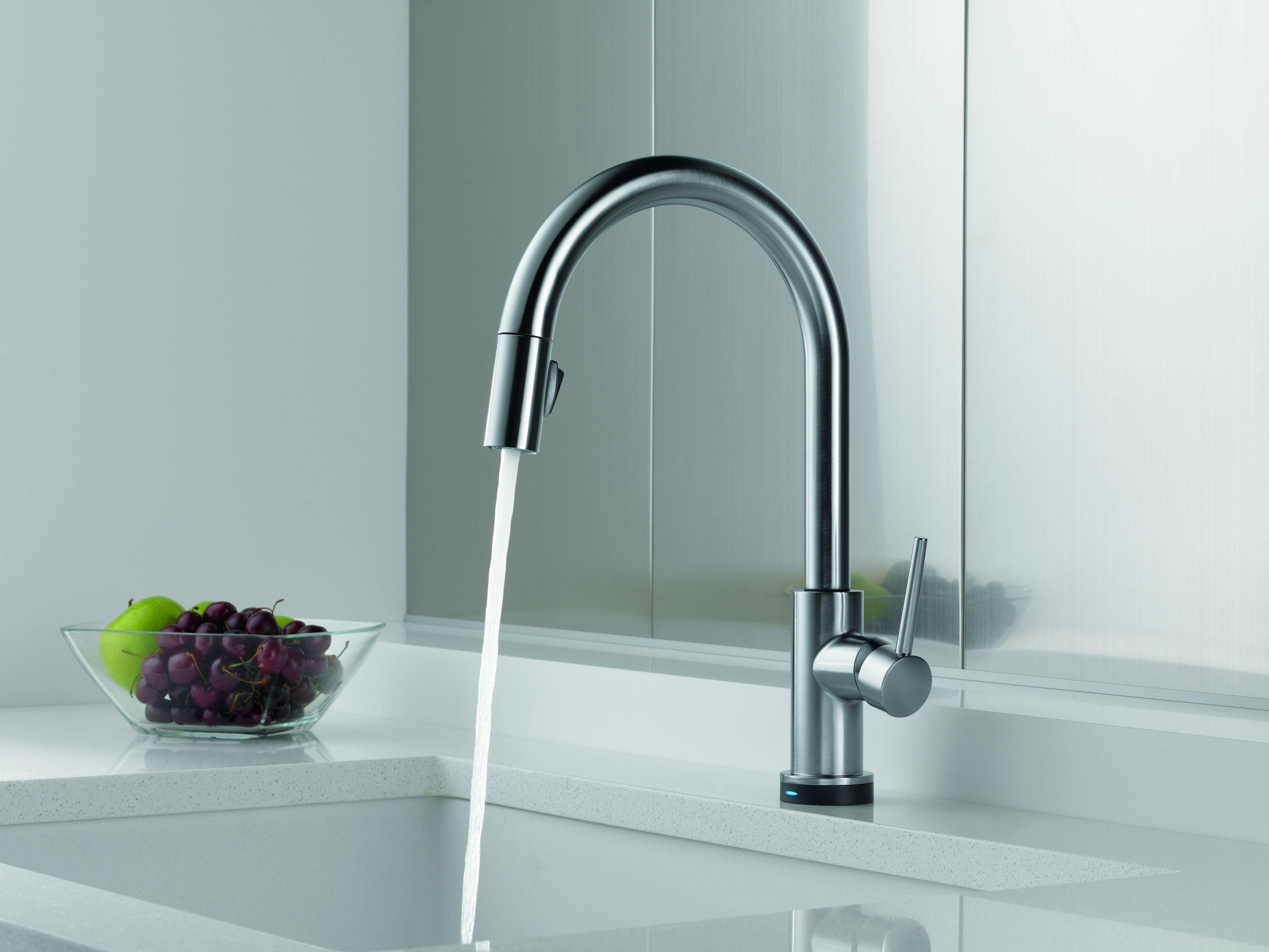 Delta 9159-AR-DST-SD Arctic Stainless Trinsic Pull-Down Kitchen ...