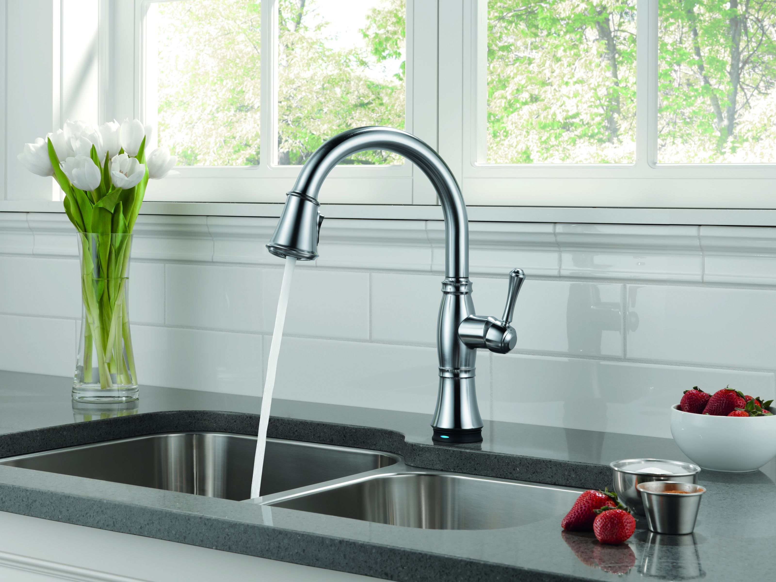 Delta 9197-AR-DST-SD Arctic Stainless Cassidy Pull-Down Kitchen ...
