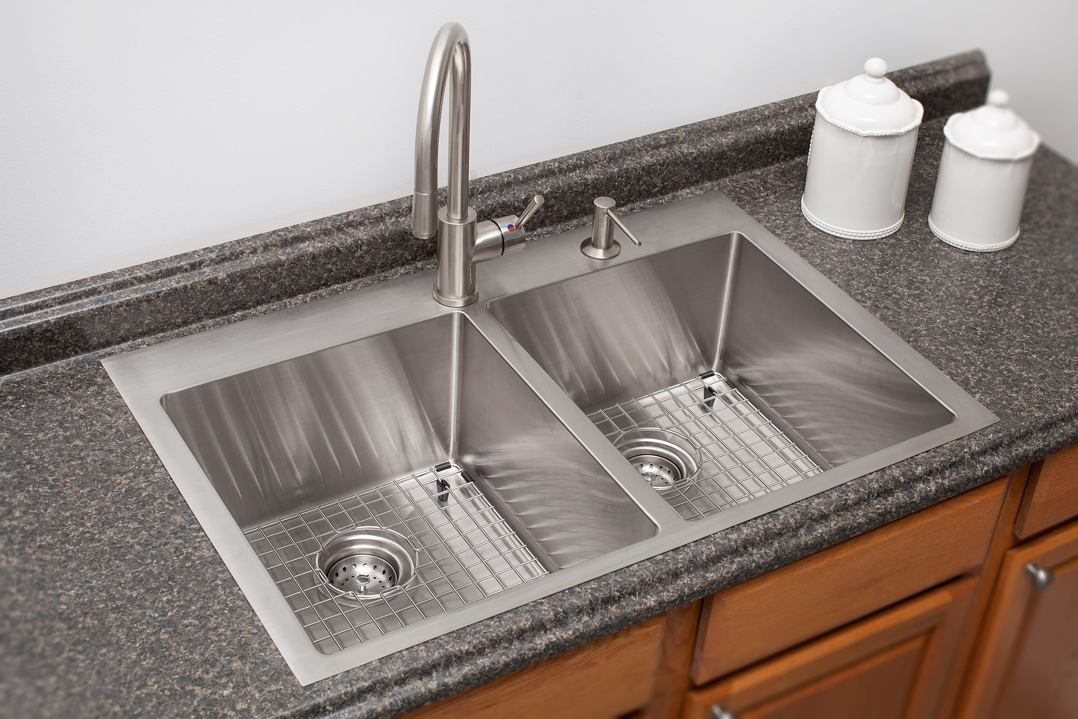 Franke Hf3322 1kit Stainless Steel Vector 33 7 16 Dual Mount Double Basin 18 Gauge Kitchen Sink Accessories Included Faucet