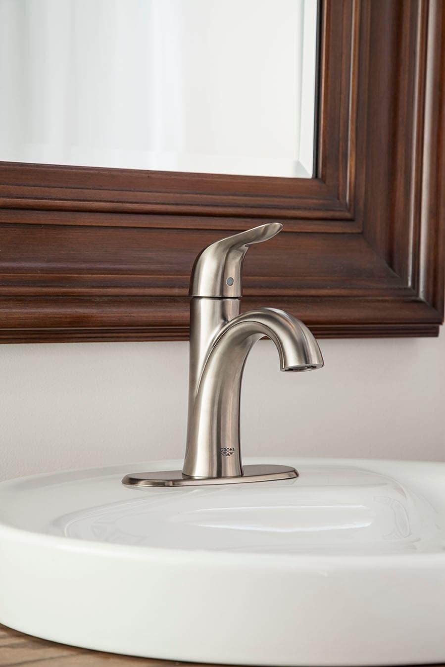 Grohe 2340200A Starlight Chrome Agira Single Hole Bathroom Faucet ...