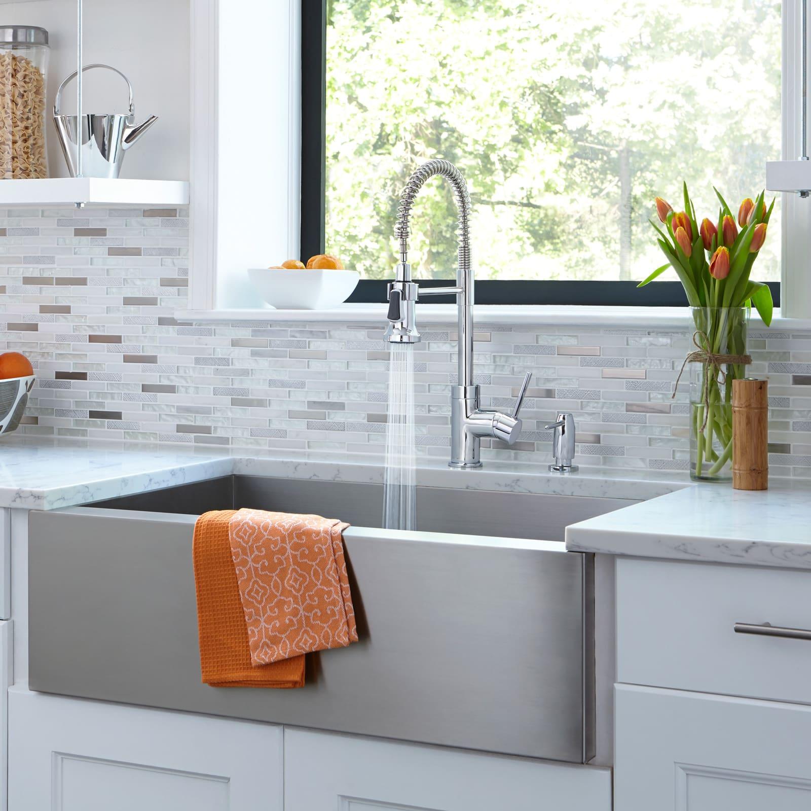 Mirabelle MIRXCPS101CP Polished Chrome Presidio Kitchen Faucet ...