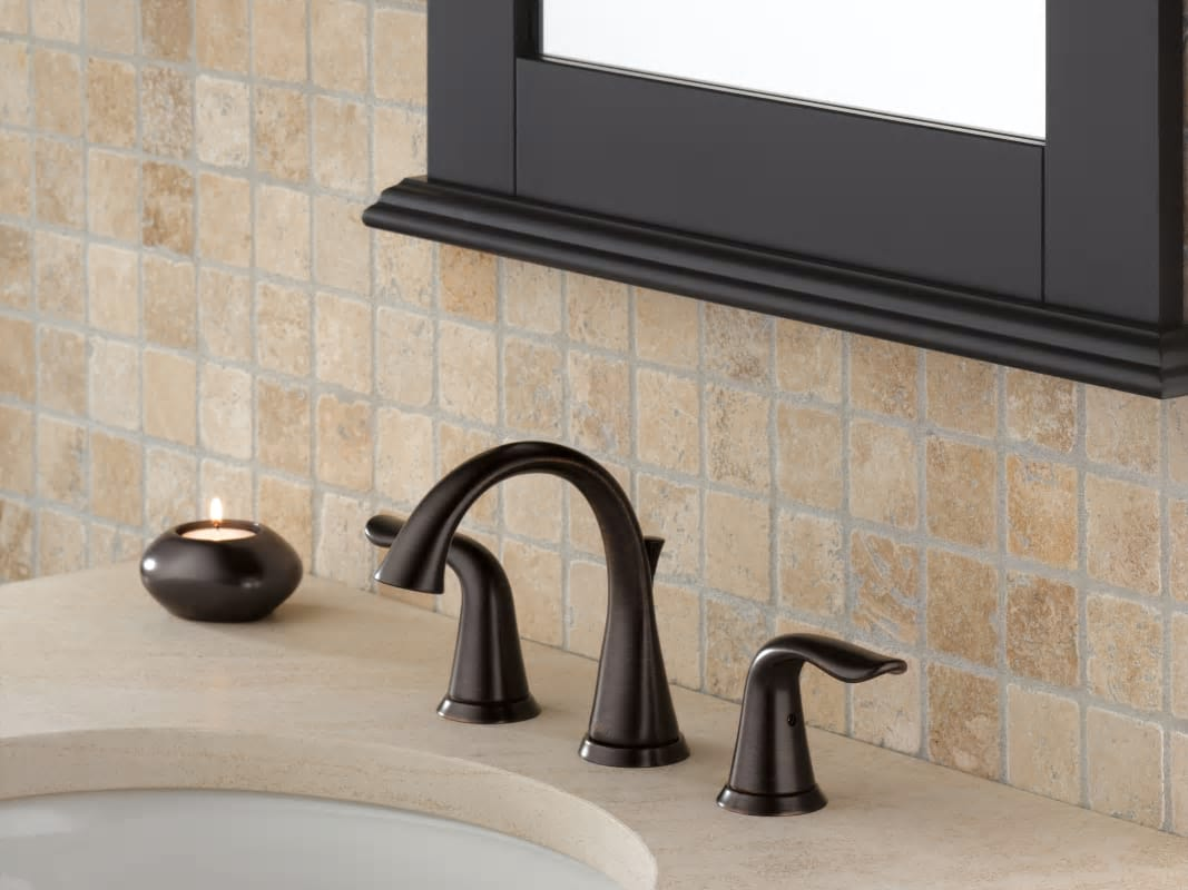 New 8 Roman Widespread Lavatory Bathroom Sink Faucet Oil: 3538-RBMPU-DST In Venetian Bronze By Delta