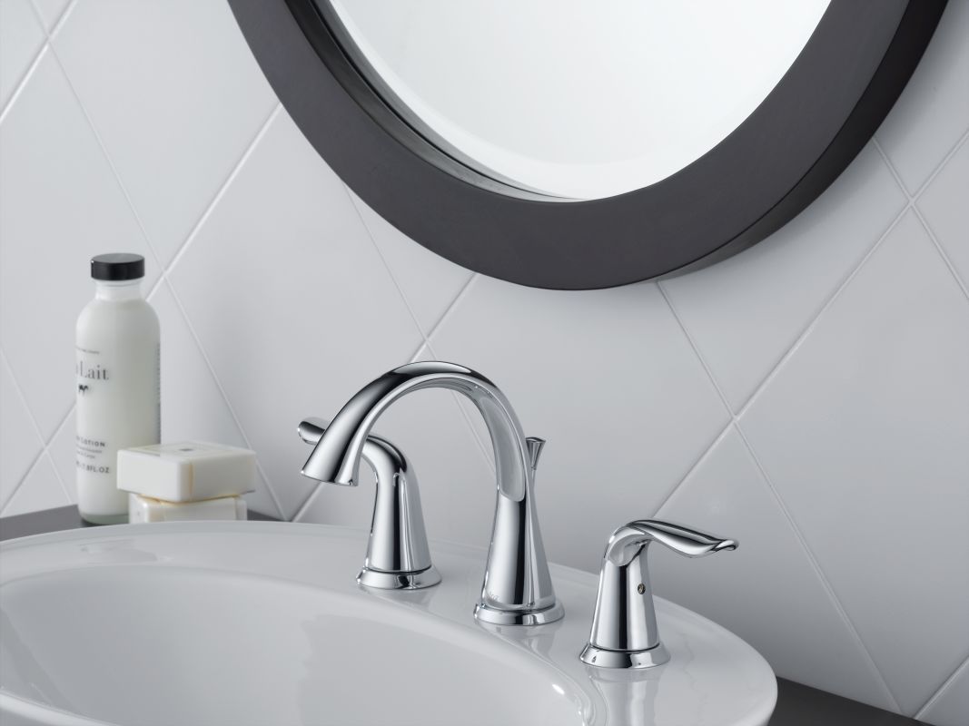 Pewter Bathroom Faucets Faucetcom 3538lf Pt In Aged Pewter By Delta