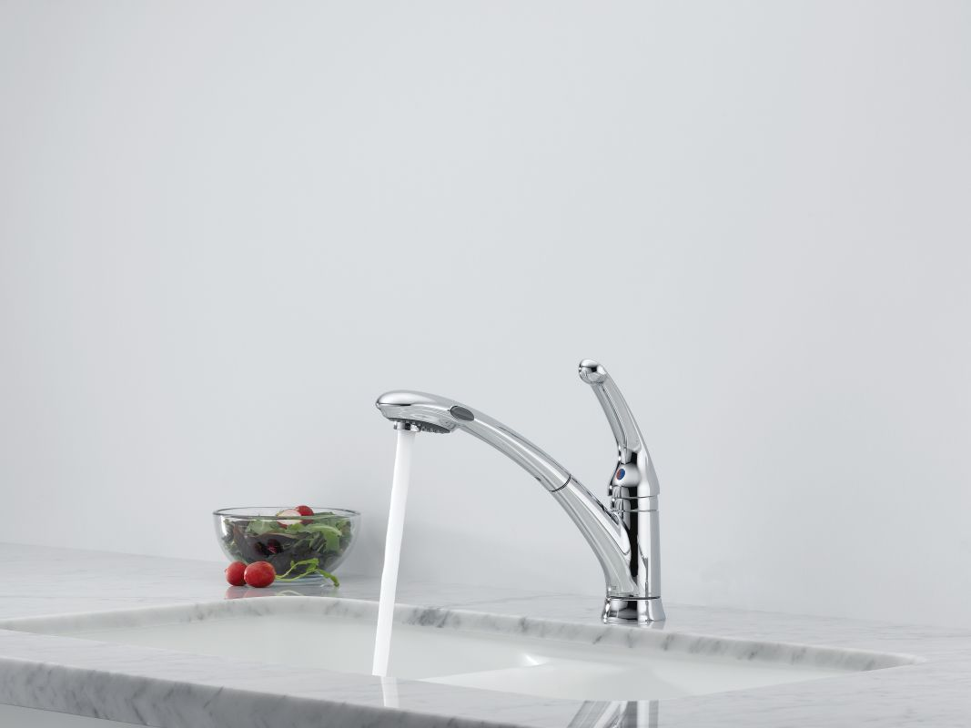 Delta Pull Out Kitchen Faucet Faucetcom 470 Arwe Dst In Arctic Stainless By Delta