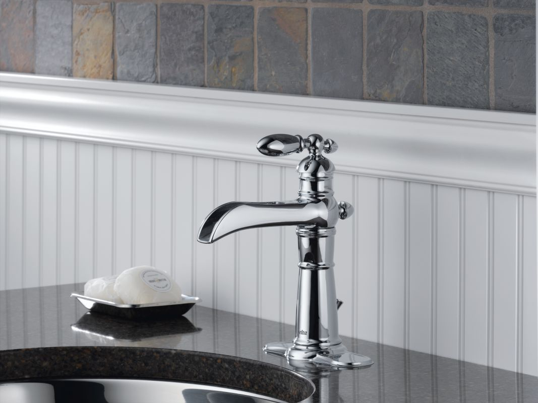 Faucet Com 554lf Ss In Brilliance Stainless By Delta