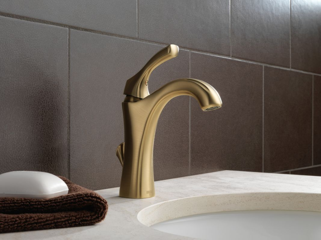 Bathroom Faucet Base Plate faucet | 592-ss-dst in brilliance stainlessdelta