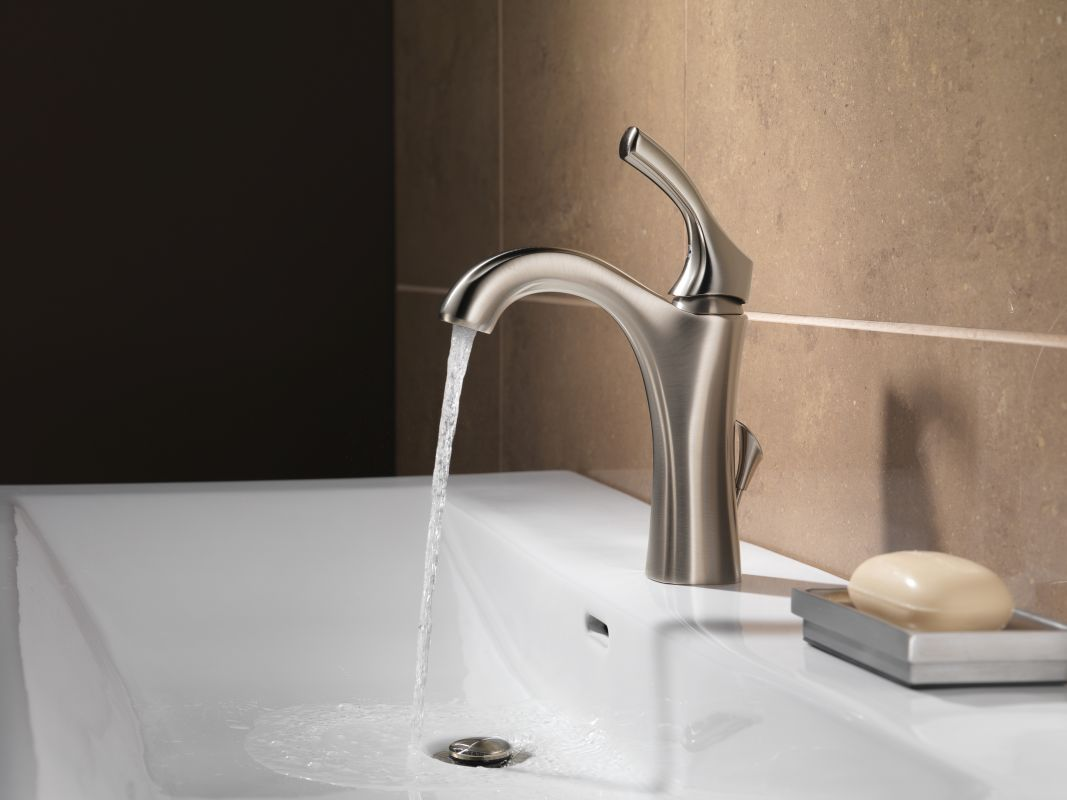 faucet com 592 ss dst in brilliance stainless by delta
