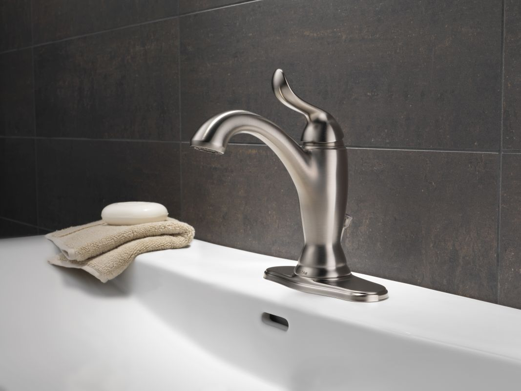 Faucet Com 594 Ssmpu Dst In Brilliance Stainless By Delta