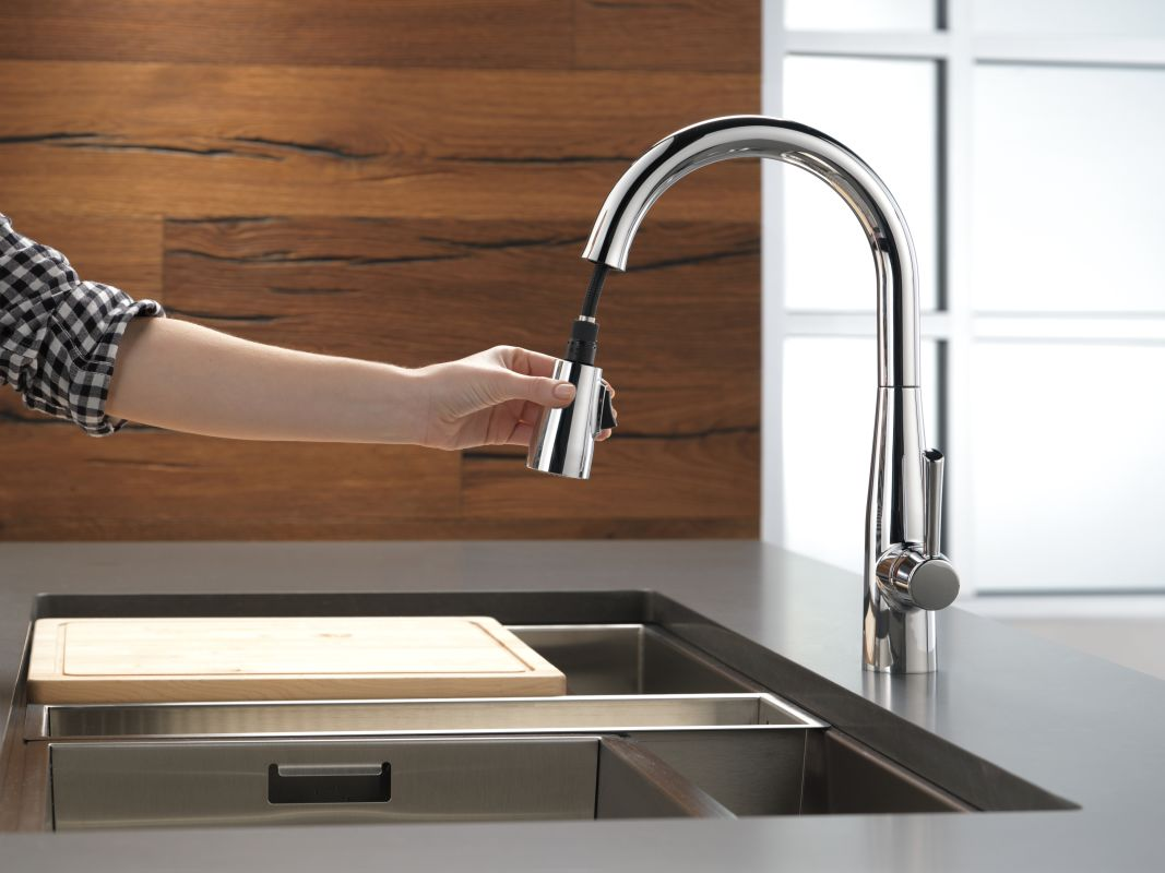 Faucet Com 9113 Ar Dst In Arctic Stainless By Delta