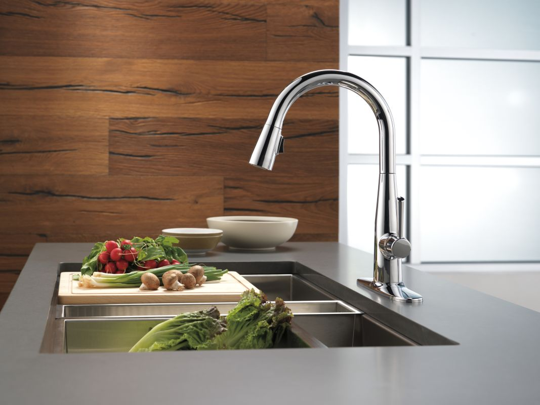 faucet | 9113-ar-dst in arctic stainlessdelta