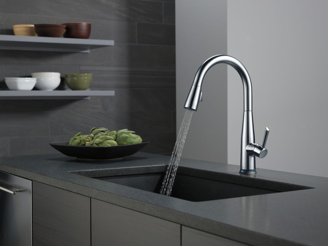 faucet com 9113t bl dst in matte black by delta