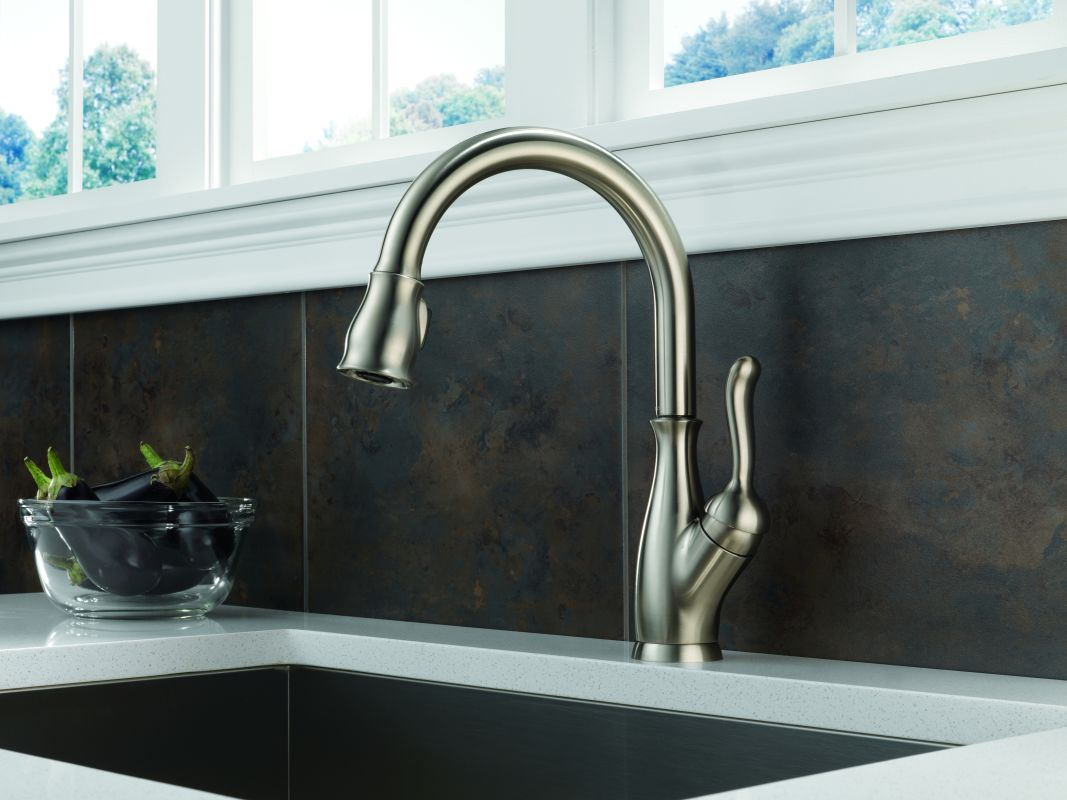 faucet | 9178-ar-dst-sd in arctic stainlessdelta