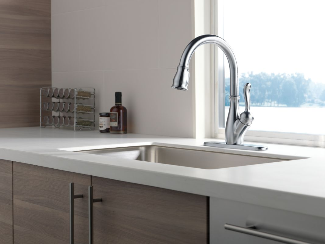 Faucet.com | 9178-SP-DST in SpotShield Stainless by Delta