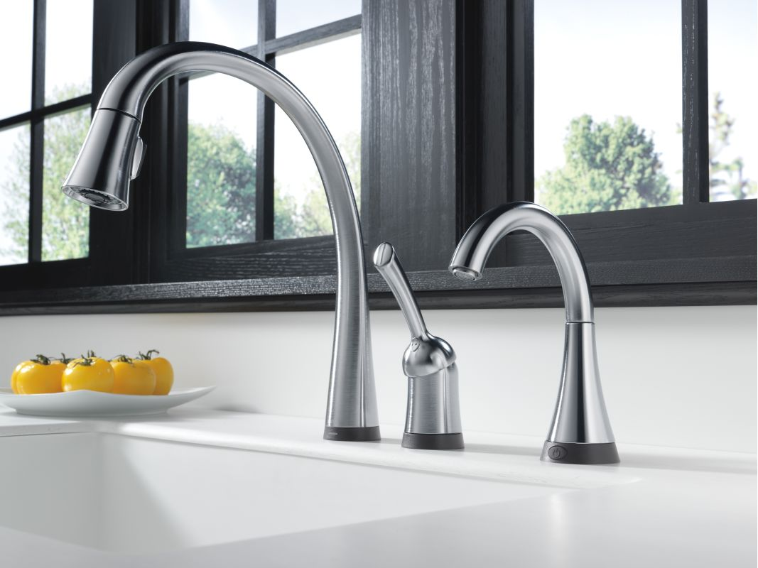 Delta Pilar Kitchen Faucet Faucetcom 980t Ar Dst In Arctic Stainless By Delta