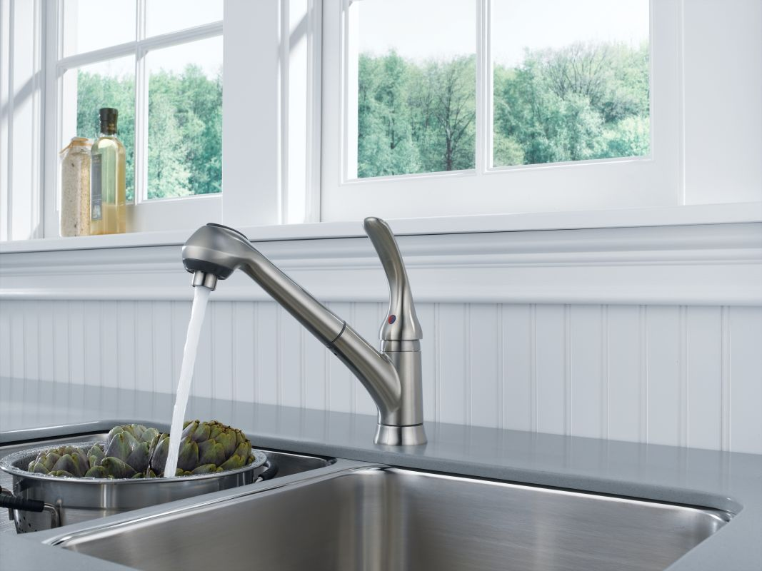 Discontinued Delta Kitchen Faucets Faucetcom B4310lf Ss In Brilliance Stainless By Delta