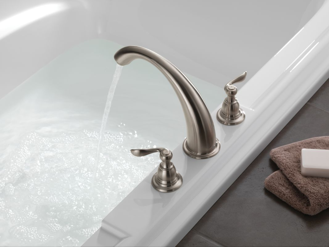 Faucet Com Bt2796 Ss In Brilliance Stainless By Delta