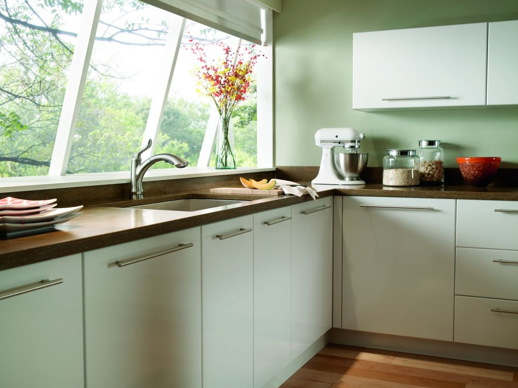 f delta linden kitchen faucet Application Shot