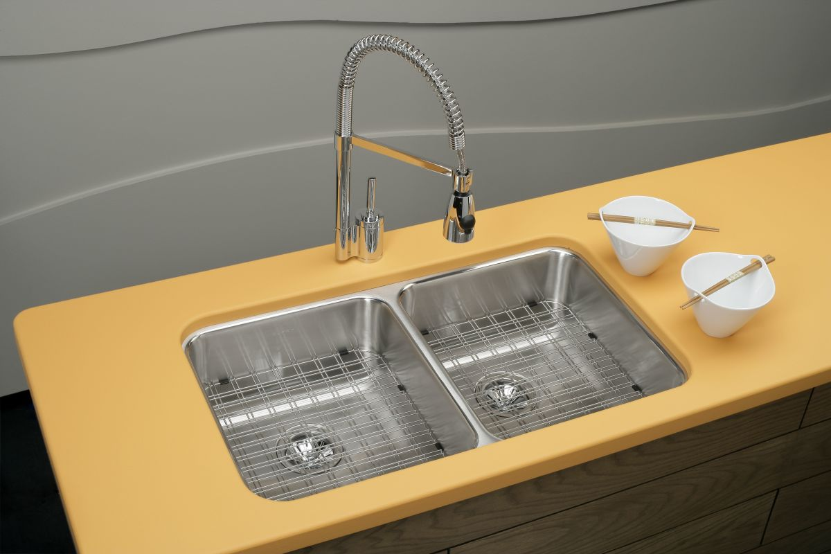 Elkay Kitchen Faucet Parts Faucetcom Lk7420bc In Brushed Chrome By Elkay