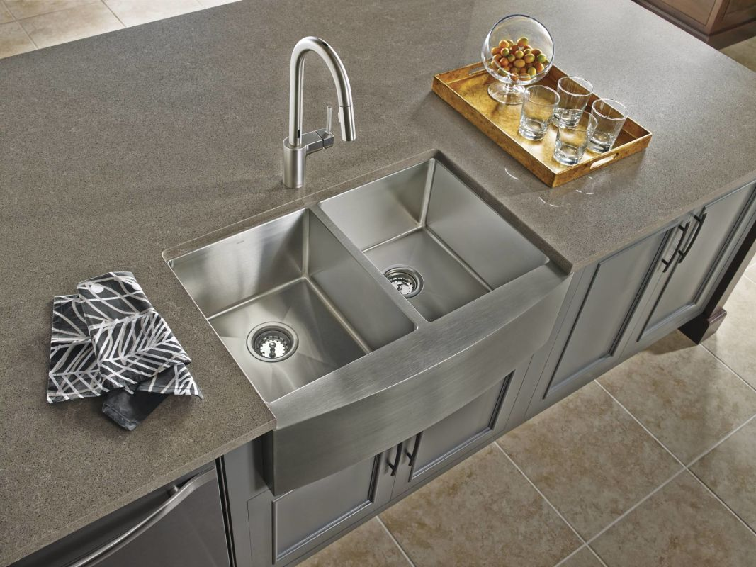 faucet com 7565ec in chrome by moen alternate view
