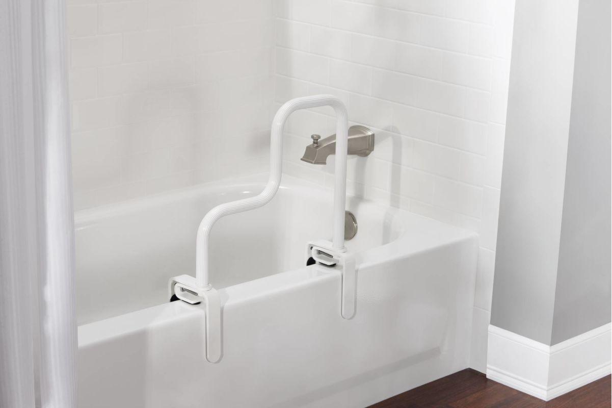 Faucet Com Csidn7005 In Glacier By Moen
