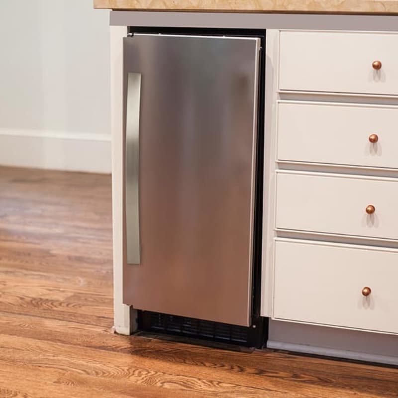 Built-In/Undercounter Ice Makers