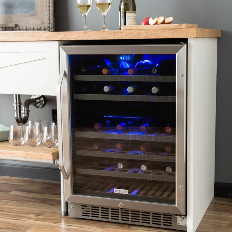 Built In Wine Refrigerators Built In Wine Refrigerators