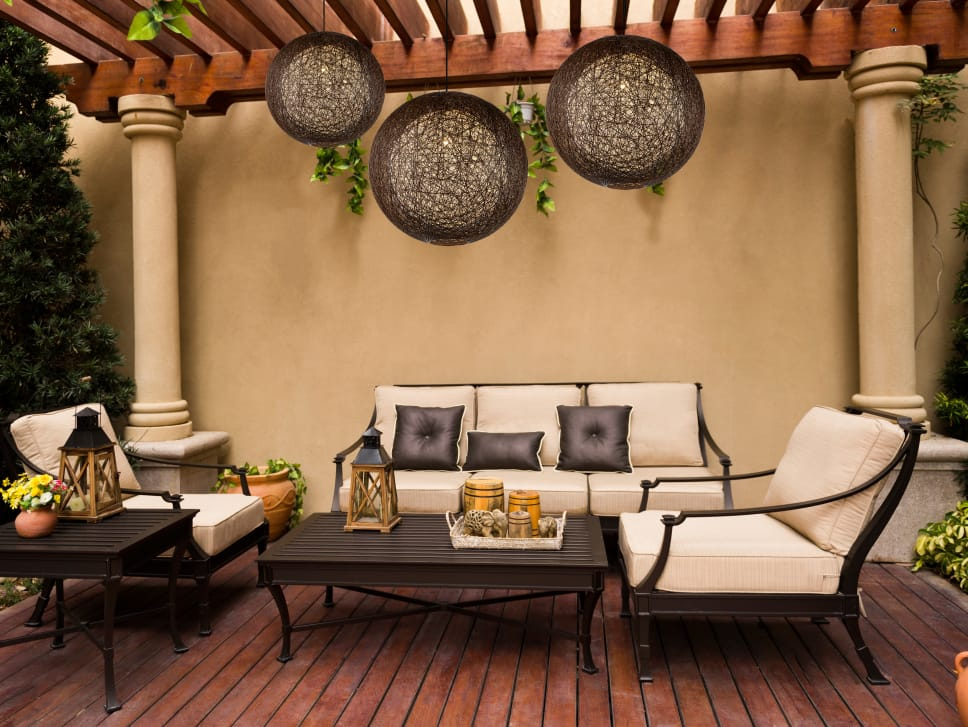 19cc09817250 How to Pick the Best Outdoor Furniture Material